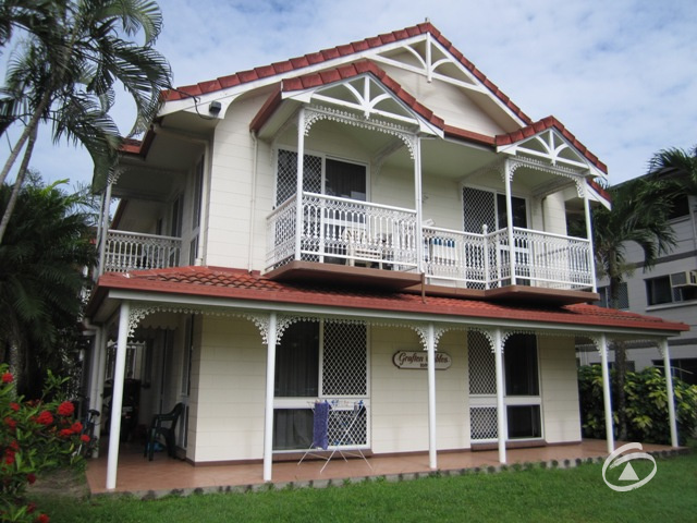 2/169 Grafton Street, Cairns City, Qld 4870