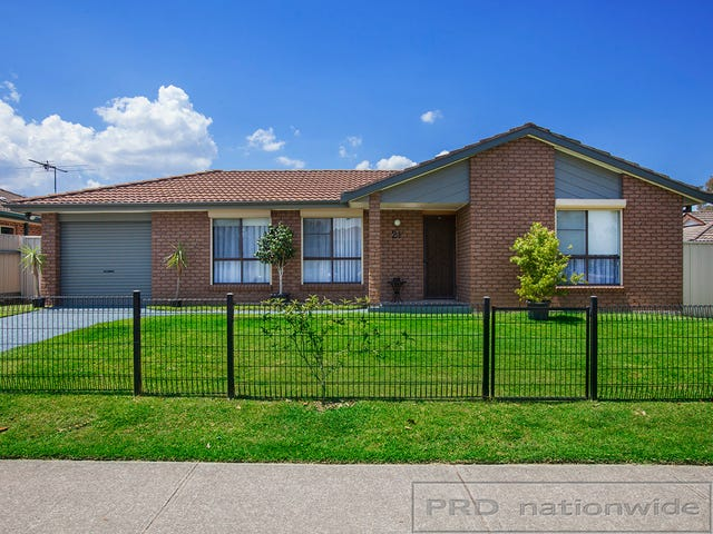 21 Taylor Avenue, Thornton, NSW 2322