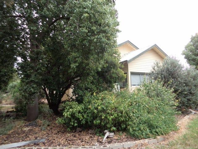 11 School Hill Road, Nyah, Vic 3594