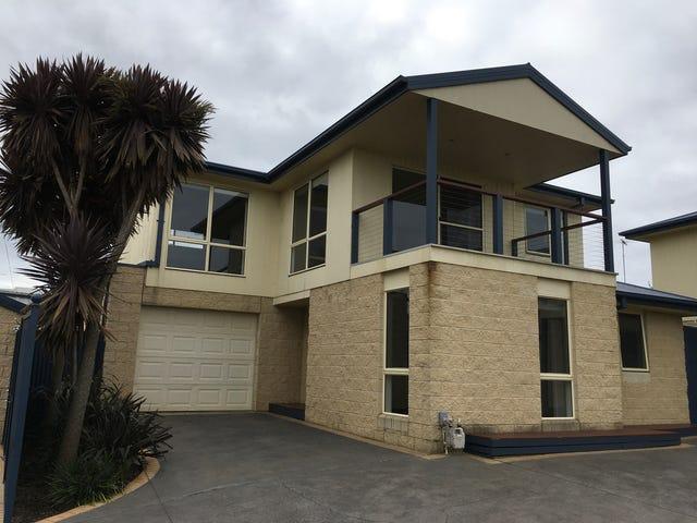 2/40 Geelong Road, Torquay, Vic 3228