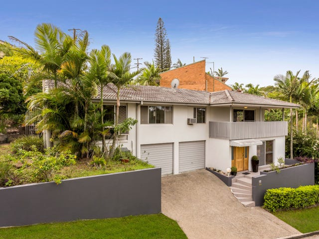 10 Cluden Street, Holland Park West, Qld 4121