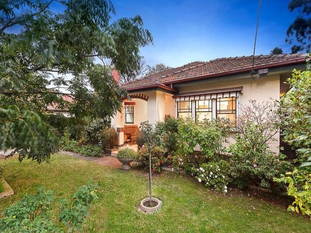 1 The Crossway, Strathmore, Vic 3041
