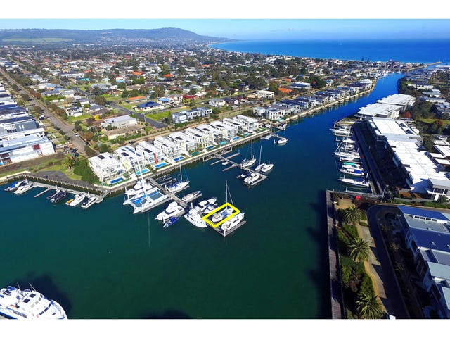 102 Martha Cove Waterway, Safety Beach, Vic 3936