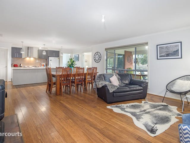 116 Hillview Road, Brown Hill, Vic 3350