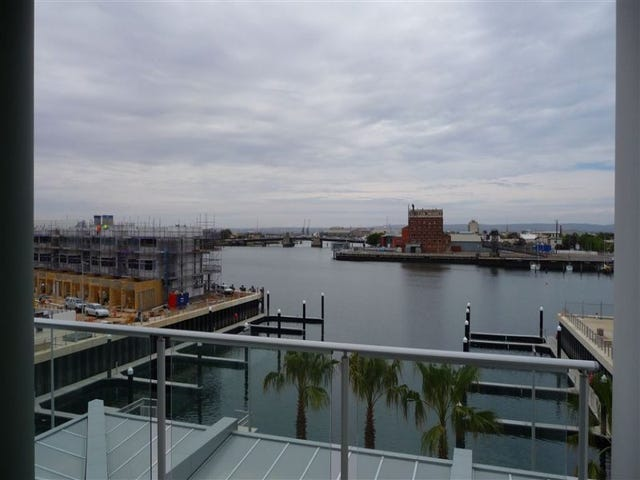 306/1-2 Tarni Crt, Spinnaker, New Port, SA 5015