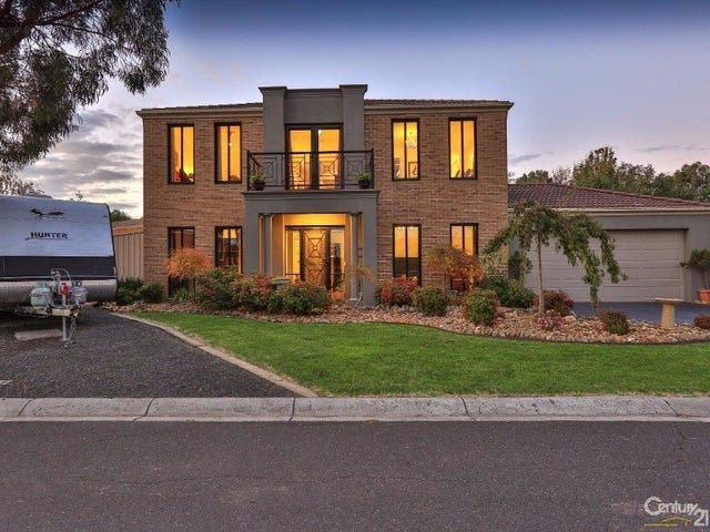 16 Hopkins Pass, Pakenham, Vic 3810