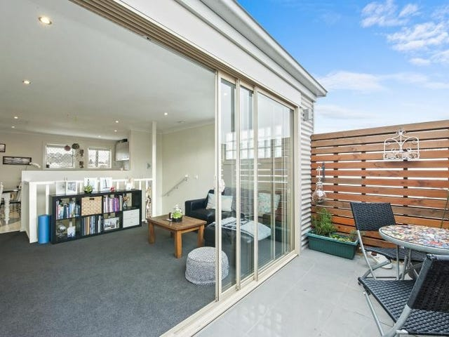 1a Haymes Crescent, Golden Point, Vic 3350