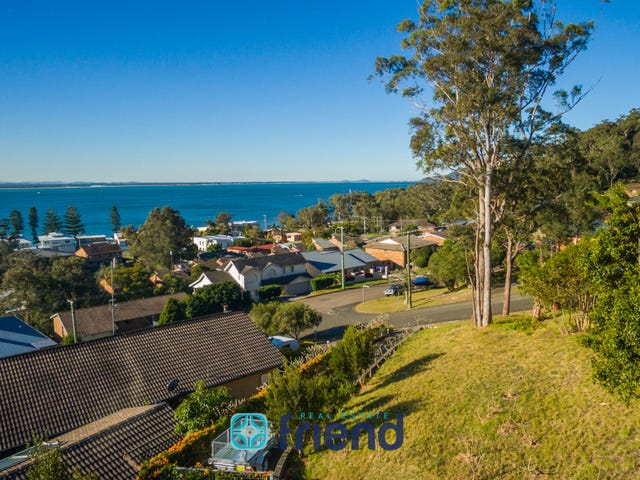 2 Warruga Street, Corlette, NSW 2315