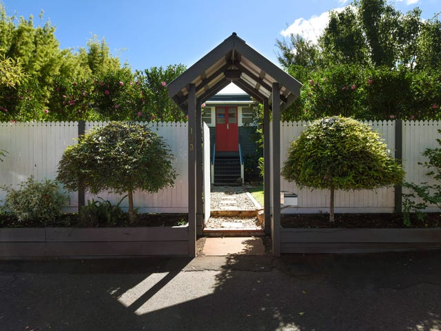 103 Bridge Street, Mount Lofty, Qld 4350