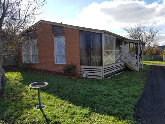 18 Windridge Way, Kyneton, Vic 3444