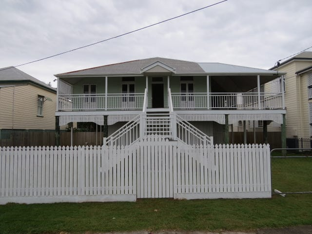 Sandgate, address available on request