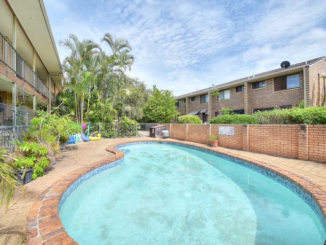 Unit/9 Christina Court, Mermaid Waters, Qld 4218