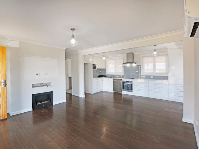 28 Stoke Crescent, South Penrith, NSW 2750