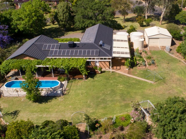 55 Kingswood Drive, Tamworth, NSW 2340