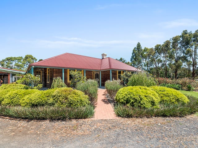 72 Aireys Street, Colac, Vic 3250