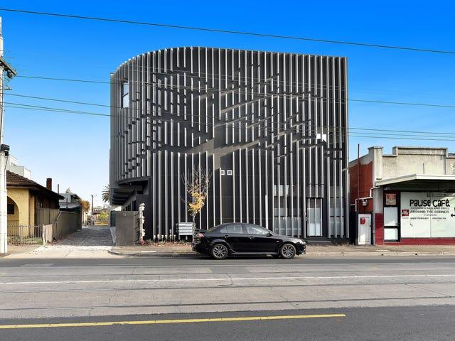 1/11 Nicholson Street, Coburg, Vic 3058