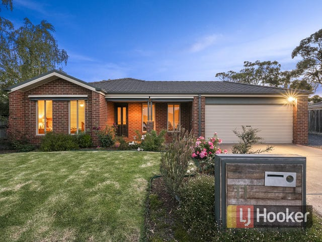 11 Lairds Rise, Garfield, Vic 3814