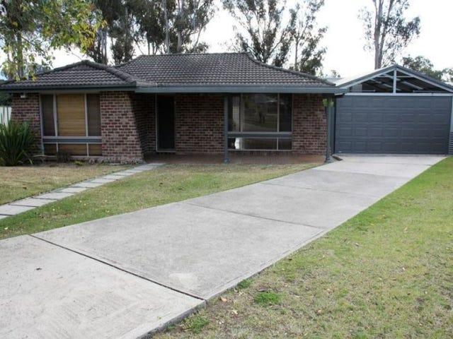 5 Macbeth Grove, St Clair, NSW 2759