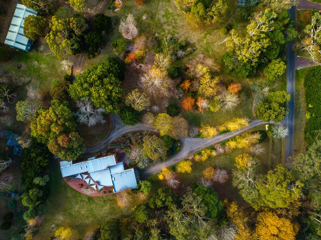2 Childers Road, Mount Macedon, Vic 3441