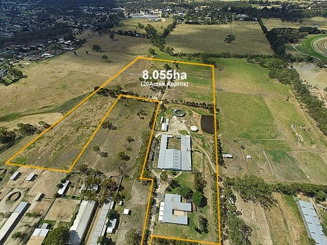 13 Kobyboyn Road, Seymour, Vic 3660