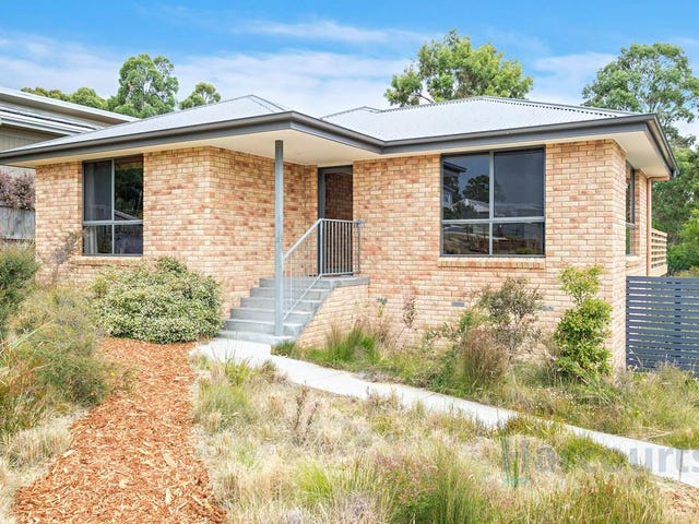 3 Sandstone Grove, Blackmans Bay, Tas 7052