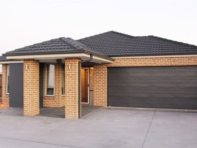 27 Ruse Pl, Carnes Hill, NSW 2171
