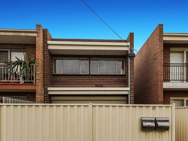 2/42 William Street, St Albans, Vic 3021