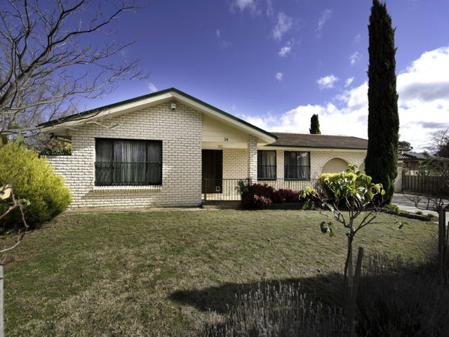 34 Smalley Circuit, Giralang, ACT 2617