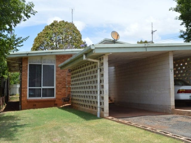 1/266B South Street, South Toowoomba, Qld 4350