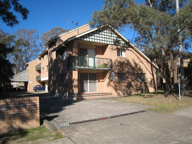 2/26 Bringelly Road, Kingswood, NSW 2747