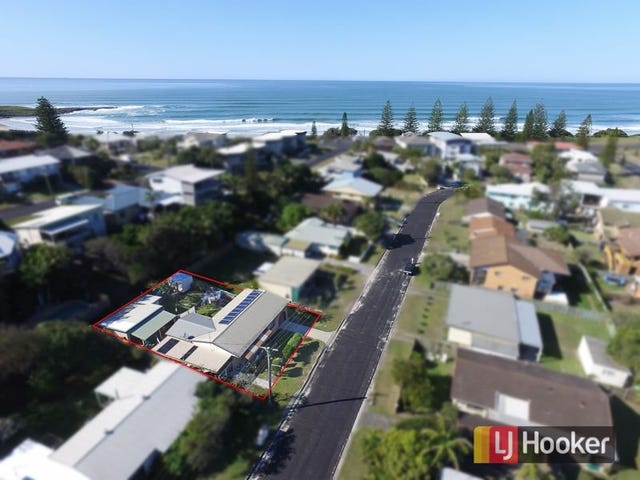 10 Harwood Street, Yamba, NSW 2464