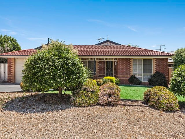8 Eric Court, Kilmore, Vic 3764