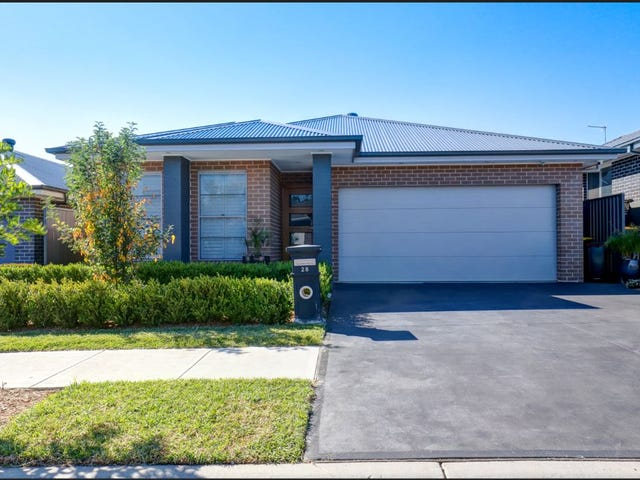 28 Putland St, Riverstone, NSW 2765
