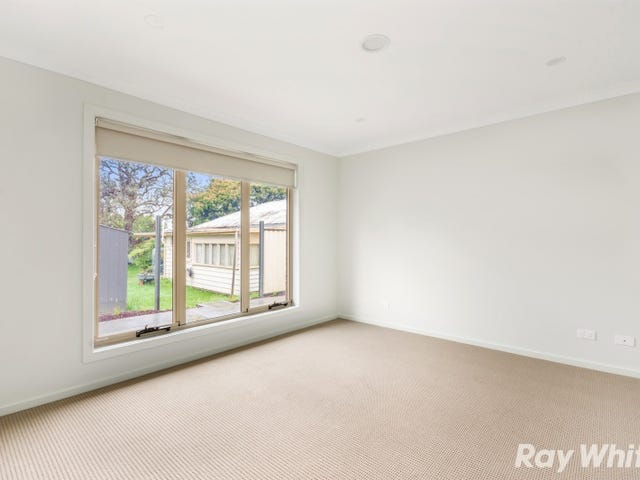 2/21 Clyde St, Ferntree Gully, Vic 3156