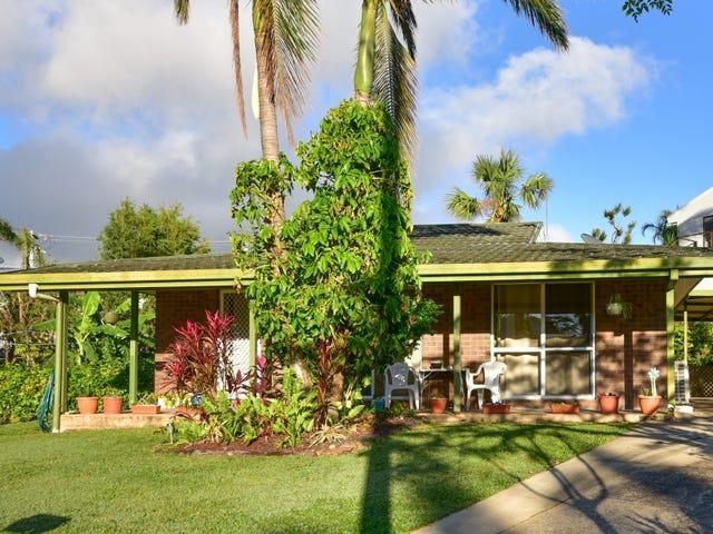 18 Palm Drive, Cannonvale, Qld 4802