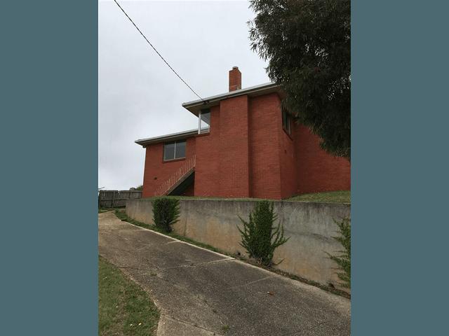 18 Barker Street, Ulverstone, Tas 7315
