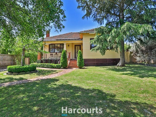 28 Railway Avenue, Garfield, Vic 3814