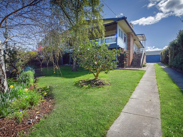 98 Carpenter Street, Lakes Entrance, Vic 3909