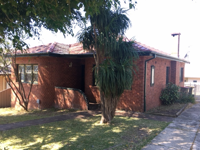1 Austin Street, Woonona, NSW 2517
