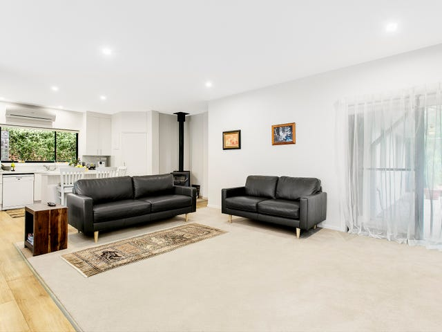 14 Barrawarn Place, Castle Hill, NSW 2154