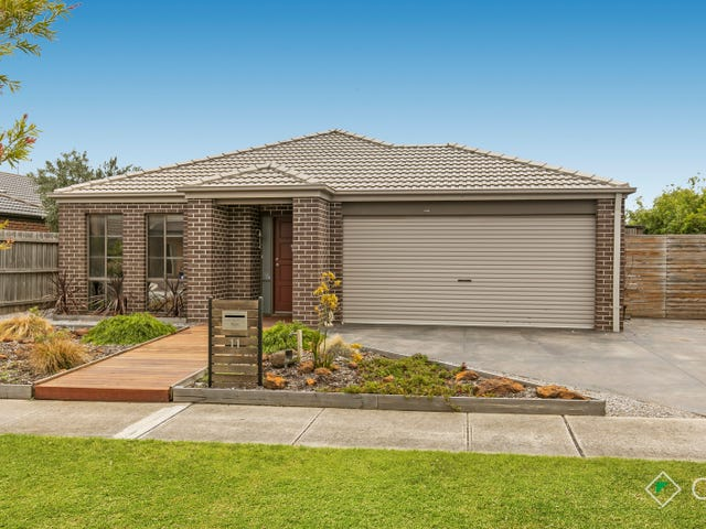 11 David Close, Skye, Vic 3977