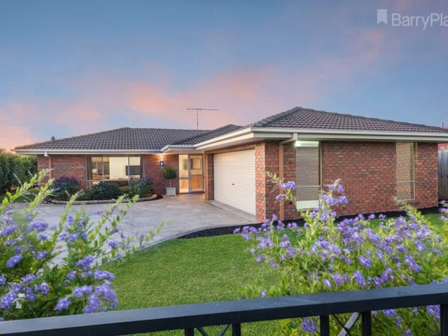 11 Glastonbury Drive, Highton, Vic 3216