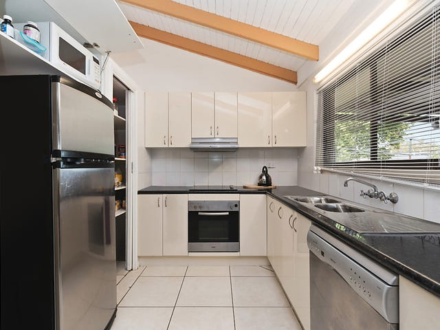 33 Parklands Drive, Boronia Heights, Qld 4124