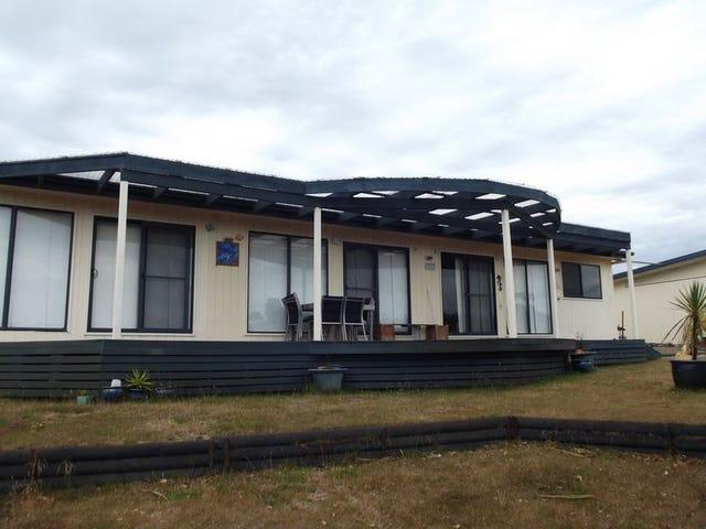 24325 Tasman Highway, Beaumaris, Tas 7215