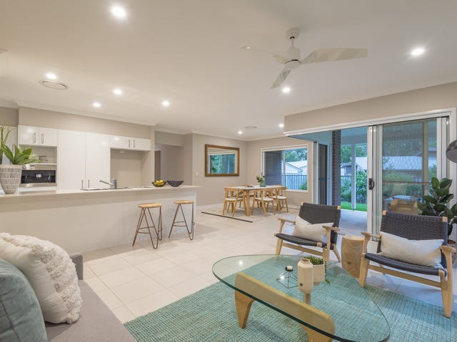 18 Prospect Place, Cooroy, Qld 4563