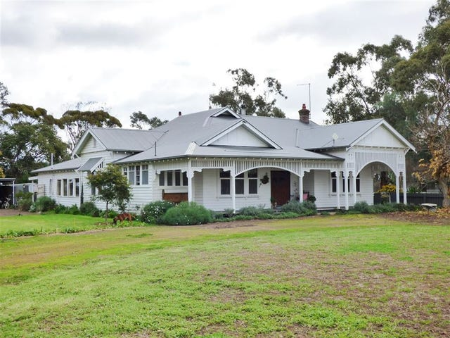 233 Blue Ribbon Road, Horsham, Vic 3400
