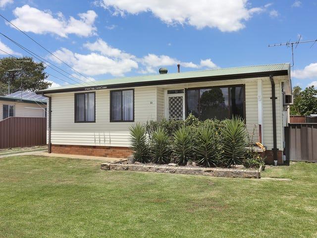 33 Williamson Crescent, Warwick Farm, NSW 2170