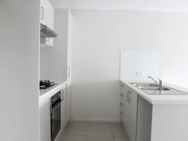 11a Bryant Avenue, Middleton Grange, NSW 2171