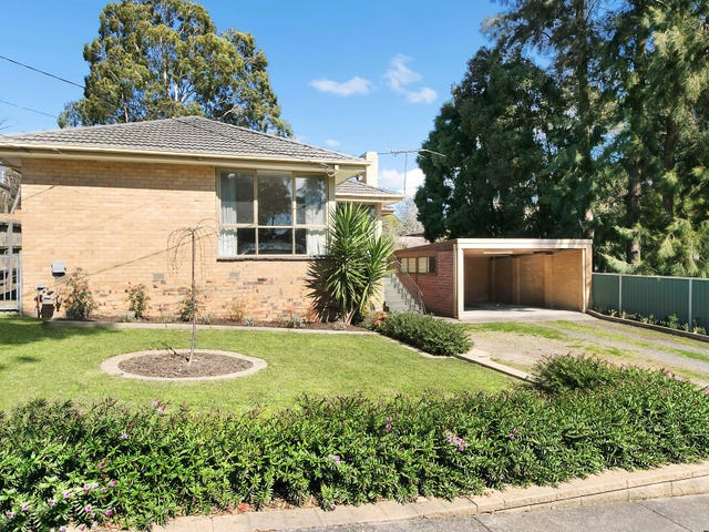 132 Lincoln Road, Croydon, Vic 3136