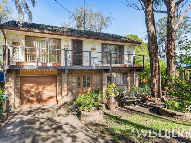 38 Albatross Road, Berkeley Vale, NSW 2261